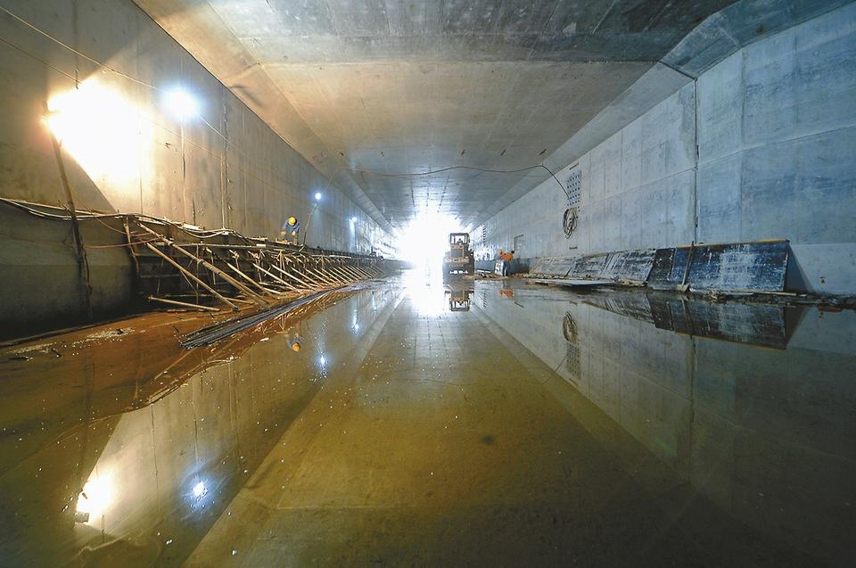 """刘长山路白马山隧道""""雏形""""初现 龙窝沟桥以东已具备通车条件"""
